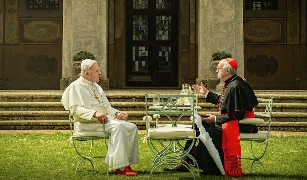 Anthony Hopkins and Jonathan Pryce in The Two Popes