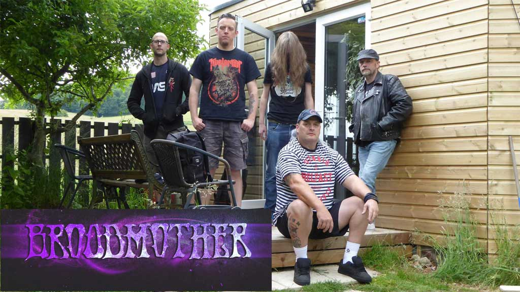 Photo of the band Broodmother